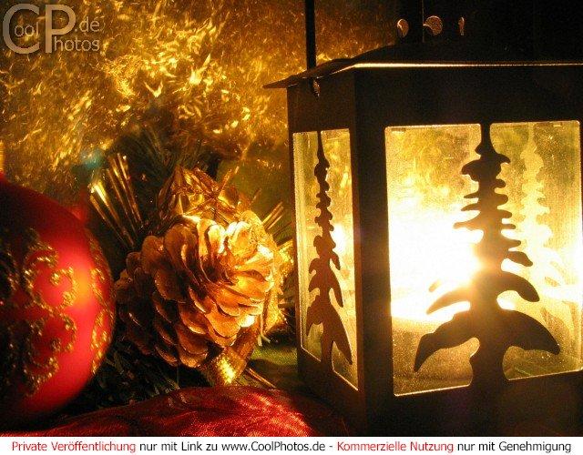 fotos weihnachtszene mit weihnachtlicher. Black Bedroom Furniture Sets. Home Design Ideas