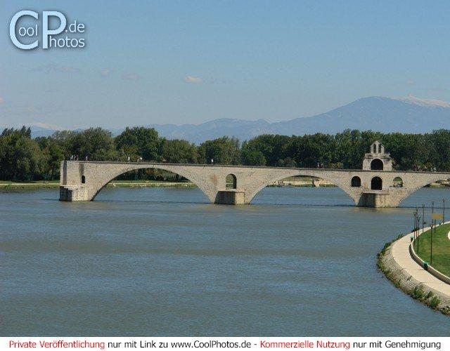 Die aus dem Lied bekannte Brücke von Avignon (Pont Saint Bénezet)