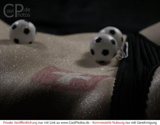 Bild nr 36 erotische sportfotos nationen schweizer flagge auf dem
