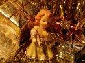 Engel mit Weihnachtspaketen und anderen weihnachtlichen Gegenständen    Dieses Motiv findet sich seit dem 07. Dezember 2004 in der Kategorie Weihnachtsbilder.