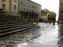 Stufen zum Dom San Donato im Regen