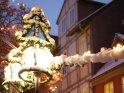 Beleuchtete weihnachtliche Straßendekoration    Dieses Motiv befindet sich seit dem 17. Dezember 2010 in der Kategorie Weihnachtsbilder.