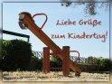 Liebe Grüße zum Kindertag!    Dieses Motiv befindet sich seit dem 31. Mai 2012 in der Kategorie Kindertag (1.6. und 20.9.).