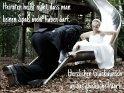 Heiraten heißt nicht, dass man keinen Spaß mehr haben darf.  Herzlichen Glückwunsch an das glückliche Paar!