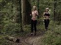 Joggerinnen im Wald