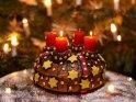 Kuchen mit zwei brennenden Kerzen zum 2. Advent    Dieses Motiv befindet sich seit dem 30. November 2016 in der Kategorie Adventskränze.