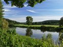 Blick von Niedersachsen über die Weser nach Hessen    Aus der Kategorie Frühlingslandschaften