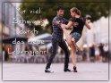 Mit viel Schwung durch das neue Lebensjahr!    Dieses Motiv ist am 21.08.2019 neu in die Kategorie Geburtstagskarten für Tanzende aufgenommen worden.